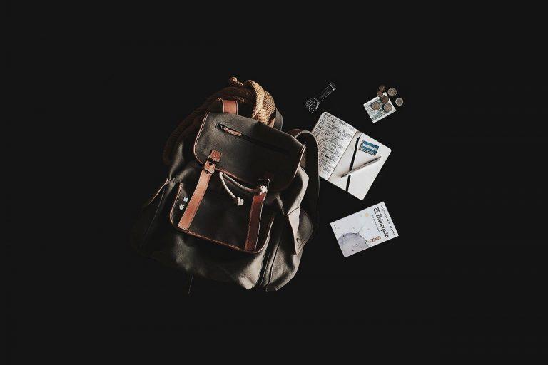 Comment voyage avec un petit budget : voyager avec l'essentiel