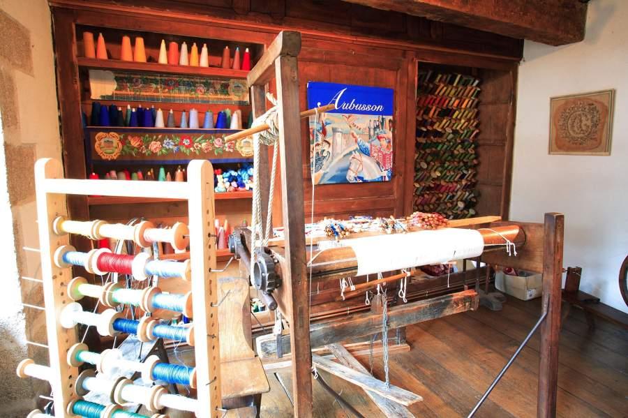 Photo d'un atelier de tapisserie à Aubusson en Creuse, Limousin
