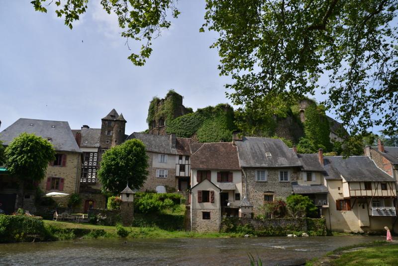 Ségur-le-château - Villes et villages à visiter en Limousin