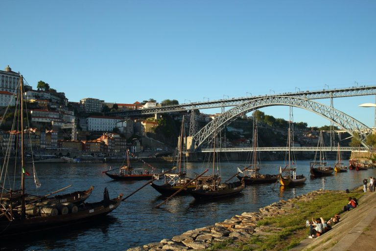 Porto et pont Luis I depuis les rives de Nova de Gaia